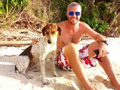 Robby befriends a Fijian dog; Nacula Island