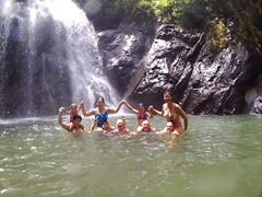 Family photo at the waterfall (Emma, Frances, Ann, Luke, Nancy, Grace, Bob, Becky, Robby)