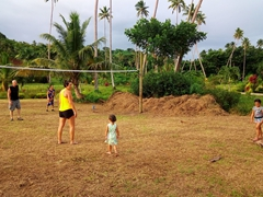 Family volleyball session; Siga Siga