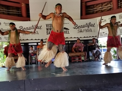 A farewell dance concludes our visit to the Samoa Cultural Village - can you imagine this is all free? A must do if visiting Apia