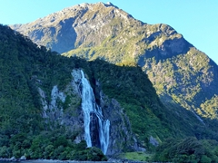 Lady Elizabeth Bowen Falls; Milford Sound's highest at 162 meters tall