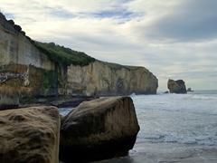 Hidden beach area; Tunnel Beach
