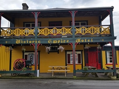 Historic Empire Hotel - our first paid camp site in NZ with power, shower and kitchen facilities; Ross