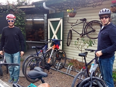 After a tasty lunch, Robby and Goodie prepare to leave Puketapu Pub to ride over to a nearby winery