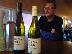 Trevor giving us a generous and informative wine tasting; Moana Park
