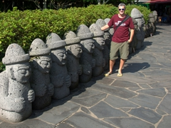 "Robby and the ""Dol Hareubang"" (large rock statues) of Cheonjiyeon Waterfall"