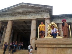 Di Tam, Chi Xuan and Di Phuong striking a pose; Temple of Leah