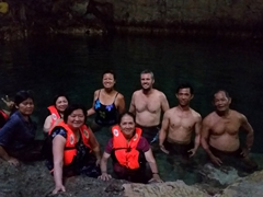 Group photo inside Hinagdanan Cave