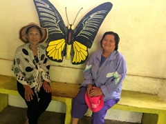 Di Phuong and Di Tam at the Butterfly Garden