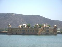 Jaipur's water palace (Jal Mahal)