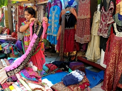 Loads of amazing bargains to be had at Janpath Market, our favorite place to shop in Delhi