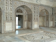 Interior of Musamman Burj (with a beautiful carved fountain in the center); Agra Fort