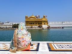 A rare moment of solitude; Golden Temple