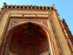 The massive Victory Gate (built in 1602 by Emperor Akbar) at the abandoned city of Fatehpur Sikri