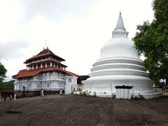 Lankatilaka Vihara temple, visible on the Rs 500 note