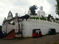 Bahiravokanda Vihara Buddha statue, a massive hilltop landmark providing amazing views of Kandy