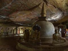 Interior view; Dambulla Cave Temple