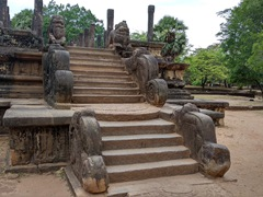 Impressive staircase leading up to the audience hall; Polonnaruwa