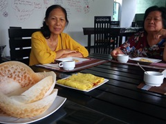 Sri Lankan hoppers (crepes) for breakfast; Seyara Holiday Resort