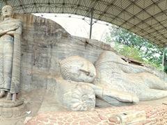 View of the 7 m standing Buddha and 14 m reclining Buddha statues of Gal Vihara