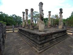 Curved columns of Nissanka Latha Mandapaya, Sacred Quadrangle
