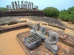Buddhist ruins; Medirigiriya Vatadage