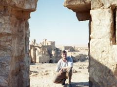 Plenty of time to photograph the amazing ruins of Resafa