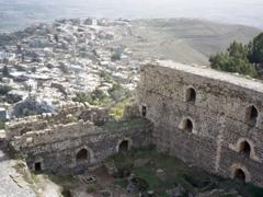 Krak des Chevaliers' dramatic setting atop Jebel Khalil