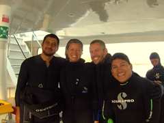 Posing with our awesome dive guides Daniel and Paulo; Humboldt Explorer