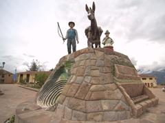 Statue at Plaza de Armas; Maras