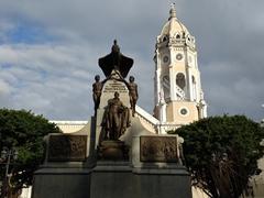 Simon Bolivar monument; Casco Viejo