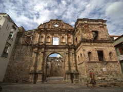 Jesuit church ruins; Casco Viejo
