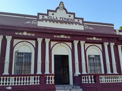 "Villa Fermina, an old house on Ruben Dario street that belongs to the Technological University of El Salvador (it has been renamed ""Thomas Jefferson"")"