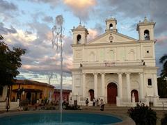 Santa Lucía church in the center of Suchitoto
