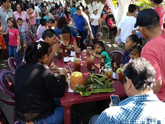 Juayua's weekend food festival is a huge hit with locals and tourists alike