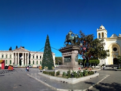 Panoramic view of Gerardo Barrios square (with National Palace and Metropolitan Cathedral)