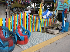Recycled island art, a unique souvenir store in West End