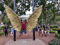 "Robby and the ""wings of Mexico"" sculpture in Morazán Park; San Jose"