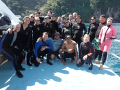 Final group photo - goodbye Cocos Island!