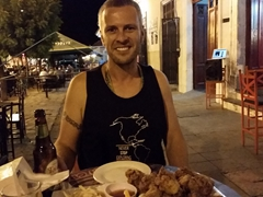 "We loved ""Calle La Calzada"" - 20 wings, 4 beers and 4 macuá cocktails plus taxes and tips for only $16!"