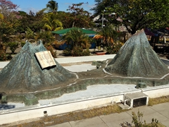 Model of Maderas and Concepcion volcanoes; Altagracia central park