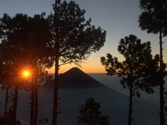 A gorgeous sunrise over Volcán de Agua