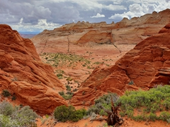 Hiking over the notch to reach Coyote Buttes North