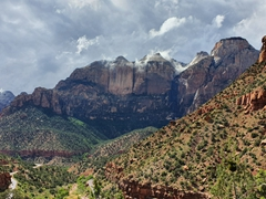 Scenery on our stunning drive through Zion National Park