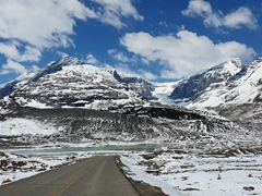 Scenery on our Icefields Parkway drive