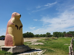 Massive prairie dog statue; Ranch Store near Balands NP