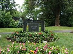 Muhammad Ali grave site; Cave Hill Cemetery