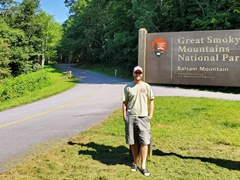 Robby at the Great Smoky Mountains signpost