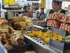 Hornado (roasted pig); Quito market