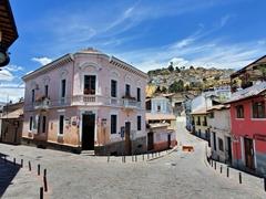 Pretty intersection in La Ronda; Quito